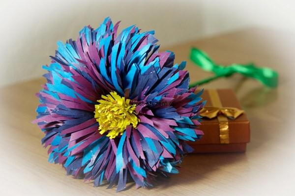 Цветы из цветной бумаги своими руками пошаговая инструкция