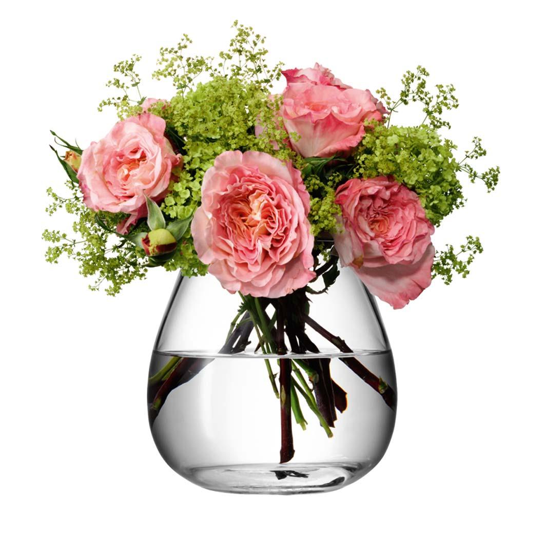 Стеклянная ваза с цветком