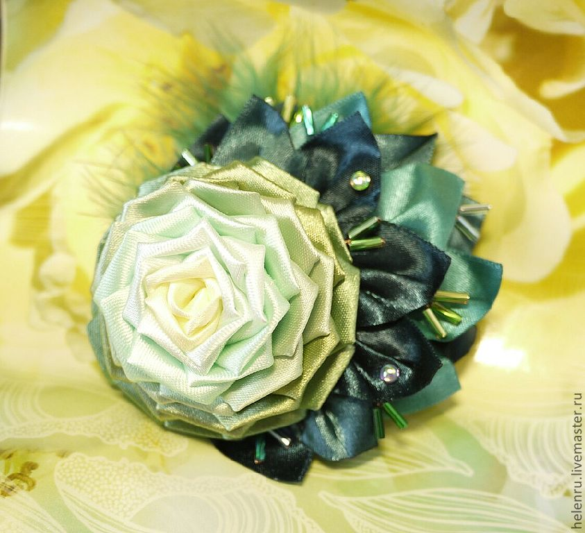 Цветок из ткани фото » DreemPics.com - лучшие ...: dreempics.com/flowers/630-tsvetok_iz_tkani_foto.html