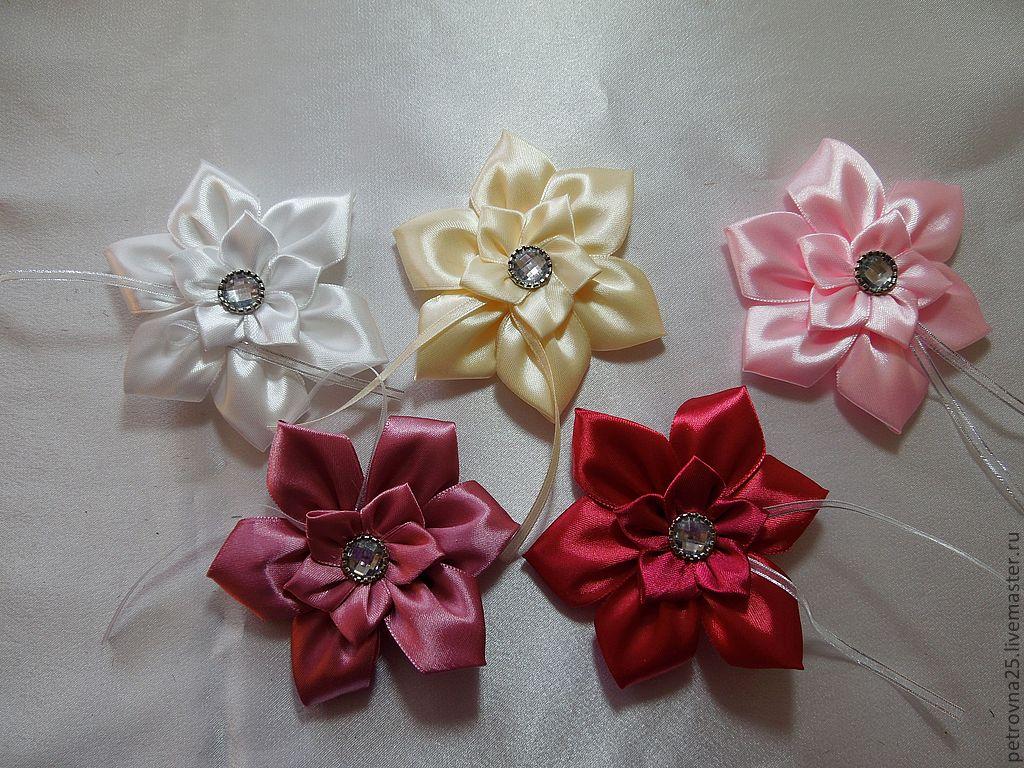 Изготовление цветов с атласных лент своими руками 50