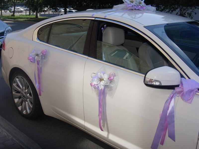 Украшение лентами машины на свадьбу своими руками